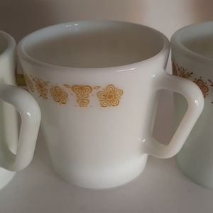 """Vintage Pyrex 6 coffee mugs """"Golden Butterfly"""""""